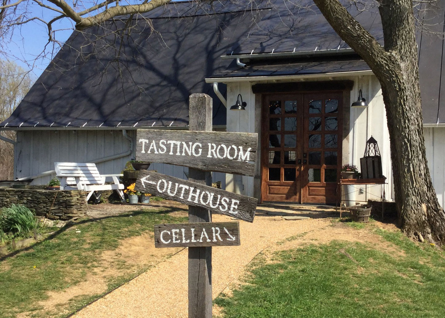 Wine Tastings & Tours